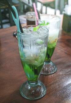 Fresh herb mocktail